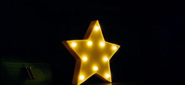 yellow, star, illumination, light, light bulb, shadow, dark, darkness, blur, color