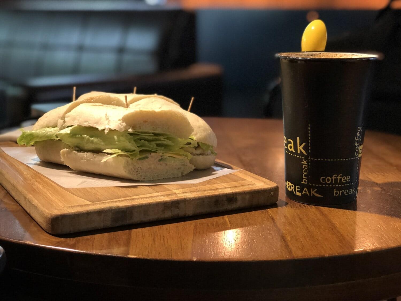 vegetarian, sandwich, glider, bread, salad, coffee mug, restaurant, breakfast, food, lunch