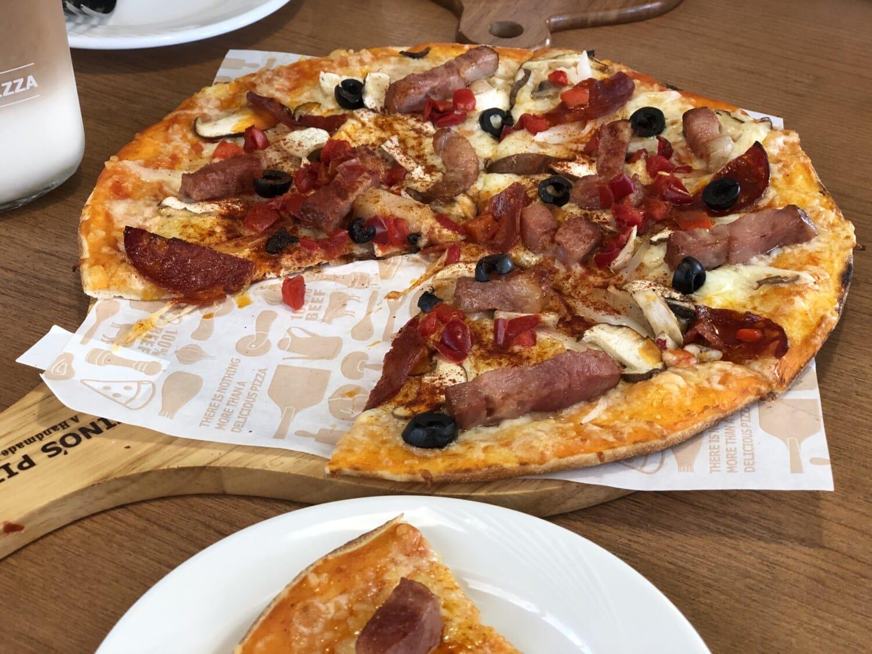 Pizza, rundvlees, pepperoni, peper, voedsel, kaas, deeg, heerlijke, schotel, diner