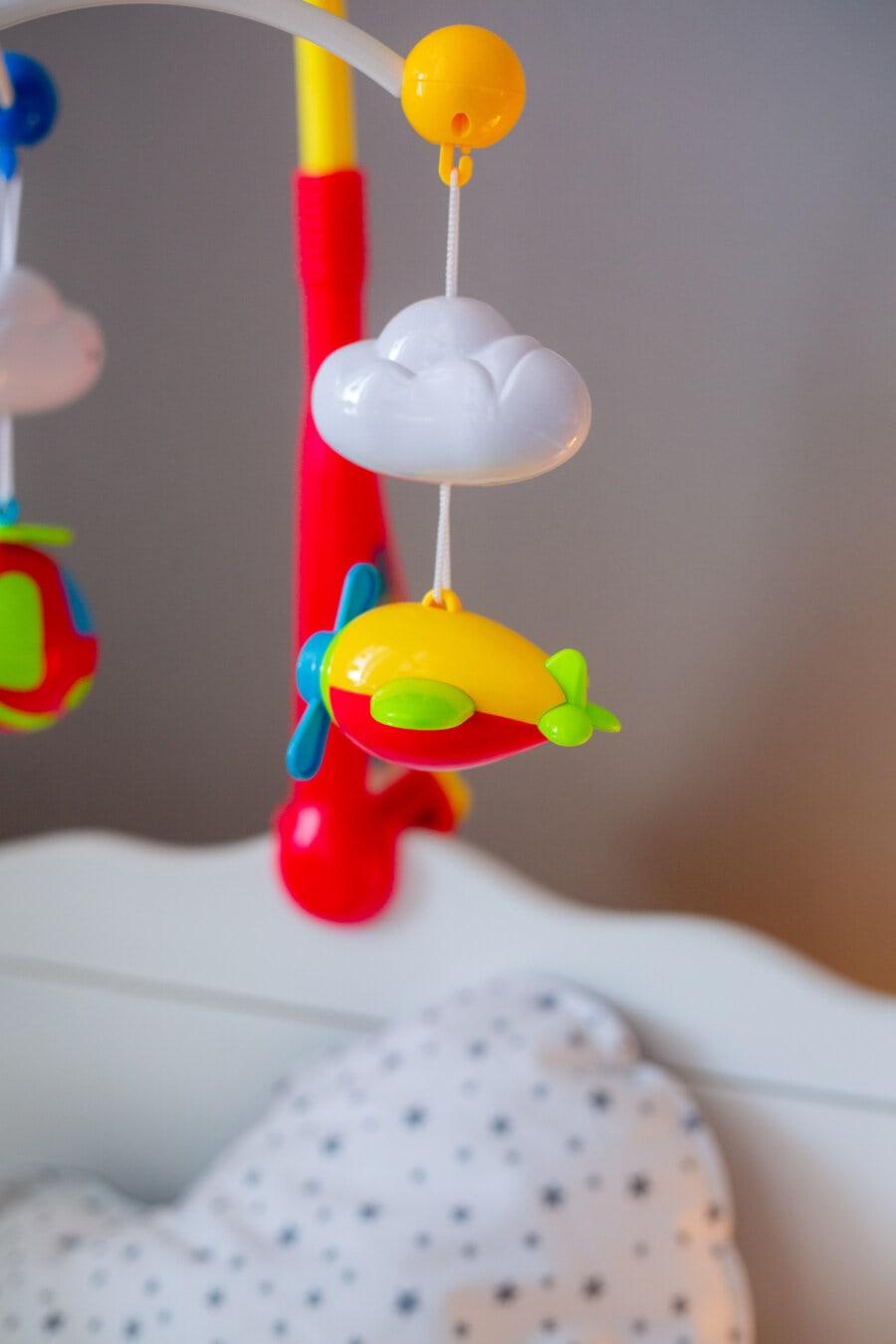 jouets, bébé, plastique, aeroplano, nuage, suspendu, jouet, à l'intérieur, amusement, couleur
