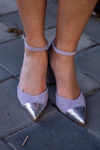 ผู้หญิง, ขา, เท้าเปล่า, รองเท้าแตะ, เลดี้, คลาสสิก, รองเท้า, รองเท้า, ใกล้ชิด, ทางเท้า