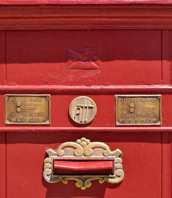 слот за поща, чугун, червен, реколта, пощенска кутия, боя, Телеграф, месинг, символ, метал