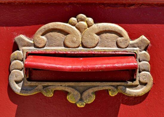 слот за поща, чугун, пощенска кутия, бронз, месинг, декоративни, уникални, декорация, стар, текстура