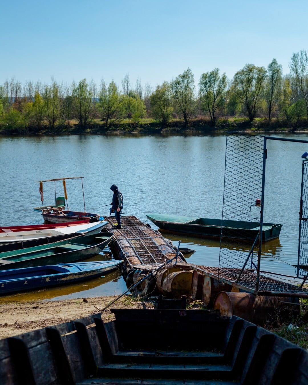 bateau de rivière, pêcheur, pêche, bateaux, des loisirs, printemps, rural, embarcation, bateau, eau