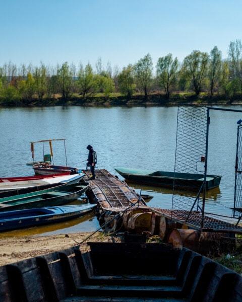 river boat, fisherman, fishing, boats, recreation, spring time, rural, watercraft, boat, water