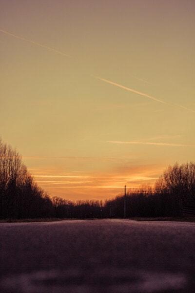 empty, road, asphalt, sunset, sun, dawn, light, evening, landscape, atmosphere
