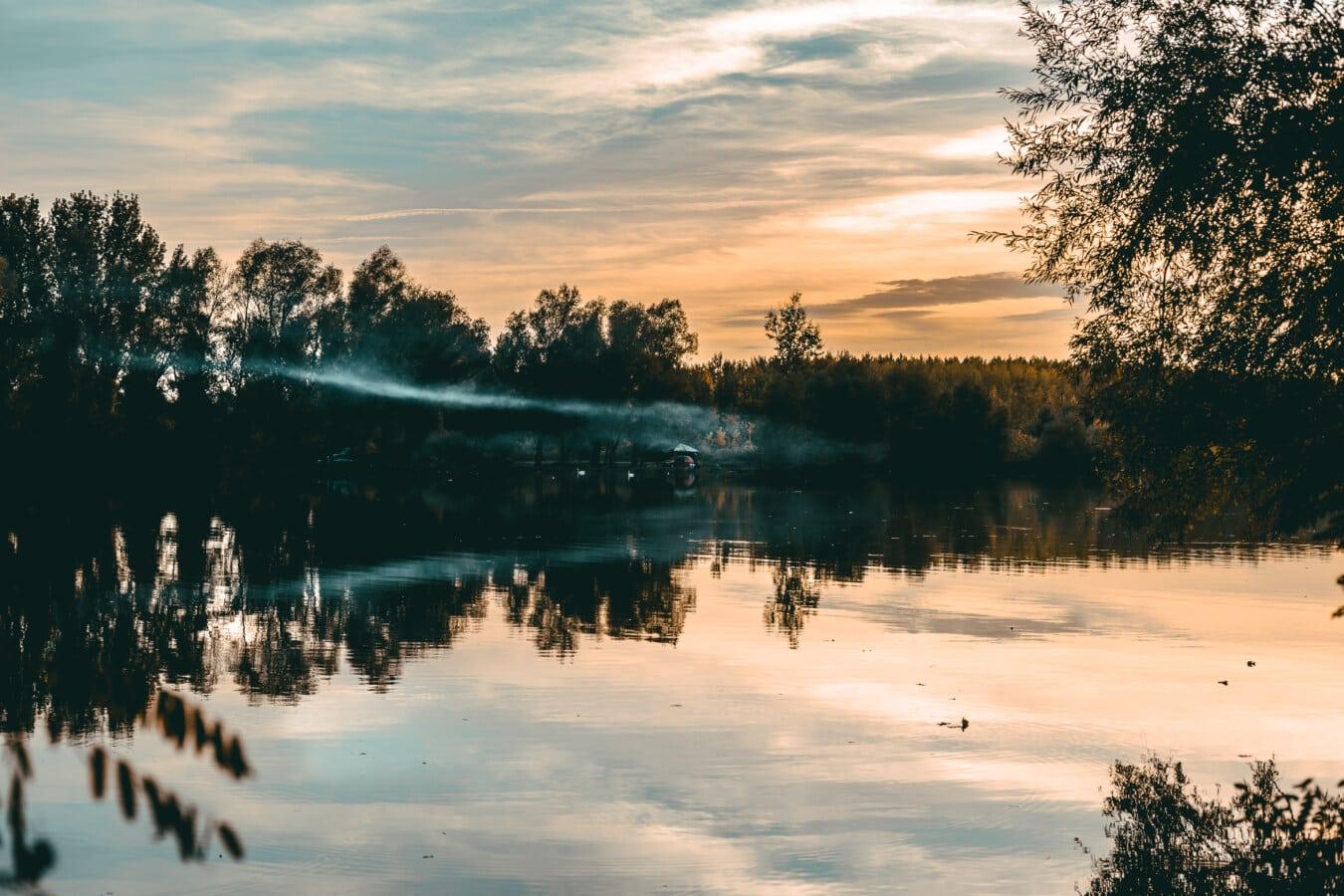 fumée, soirée, au bord du lac, beau temps, atmosphère, réflexion, coucher de soleil, Lac, aube, paysage