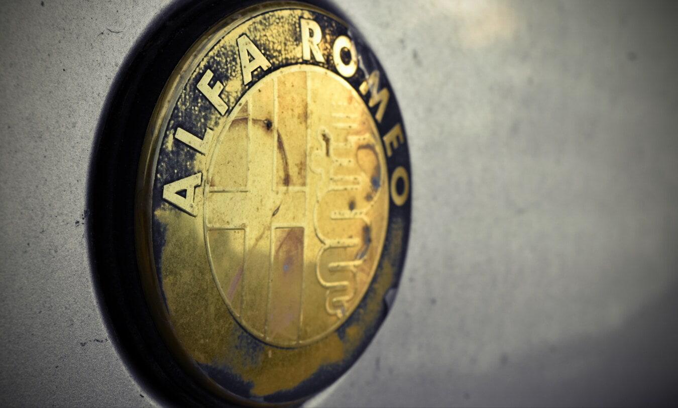Alfa Romeo, symbole, signe, Italien, metal, métalliques, chrome, voiture, retro, vieux