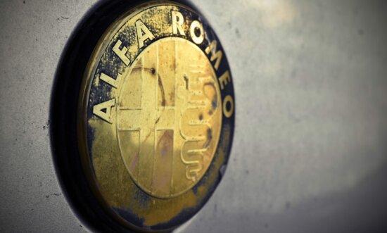 Alfa Romeo, symbolet, tegn, italiensk, Metal, metallisk, krom, bil, retro, gamle