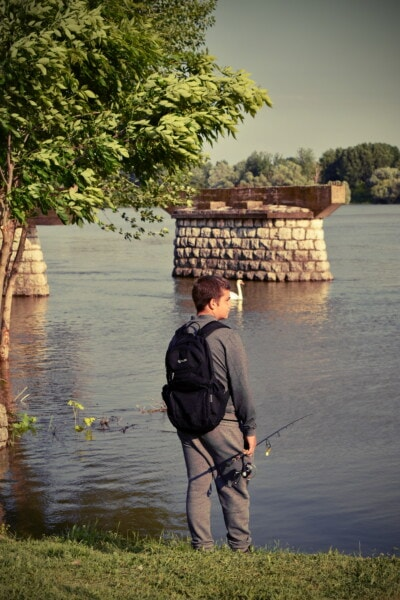 tineri, băiat, pescuit, pescar, malul râului, apa, recreere, Lacul, om, agrement