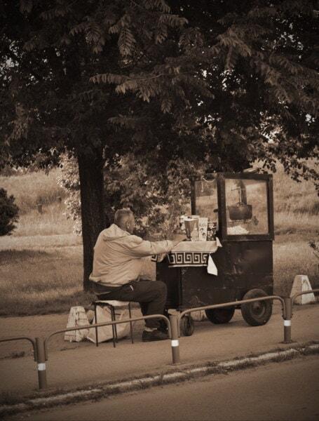 Venditore, popcorn, uomo, nero di seppia, nostalgia, Via, area urbana, bianco e nero, persone, veicolo