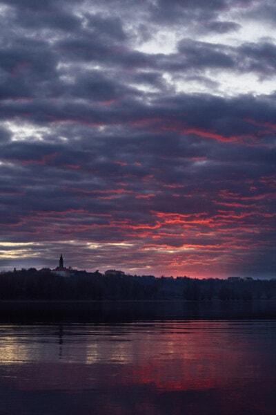 slunečních paprsků, řeka, břehu řeky, východ slunce, soumrak, zataženo, majestátní, voda, pobřeží, jezero