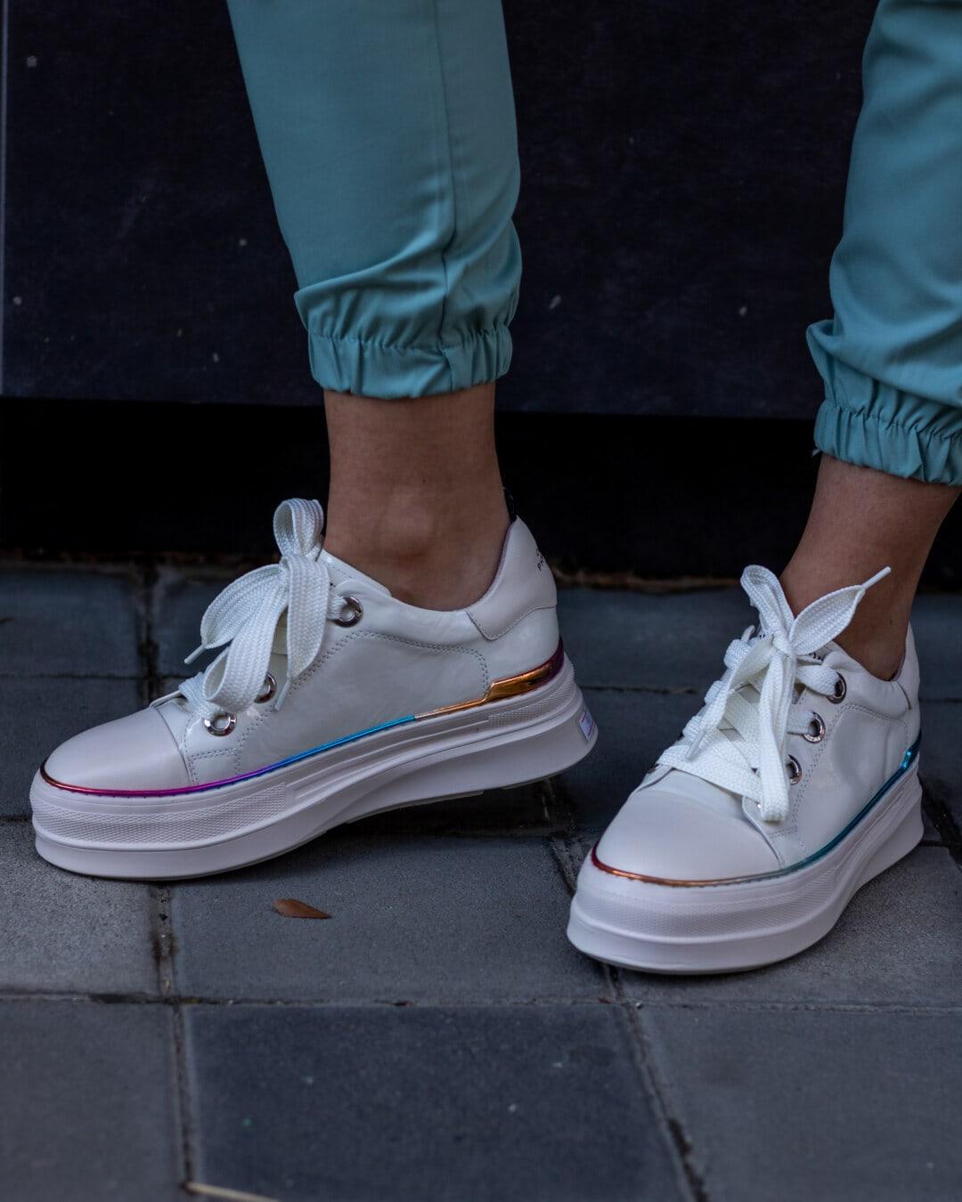 blanc, chaussures de sport, fantaisie, faire du jogging, en cuir, paire, mode, chaussures, couvrant, rue