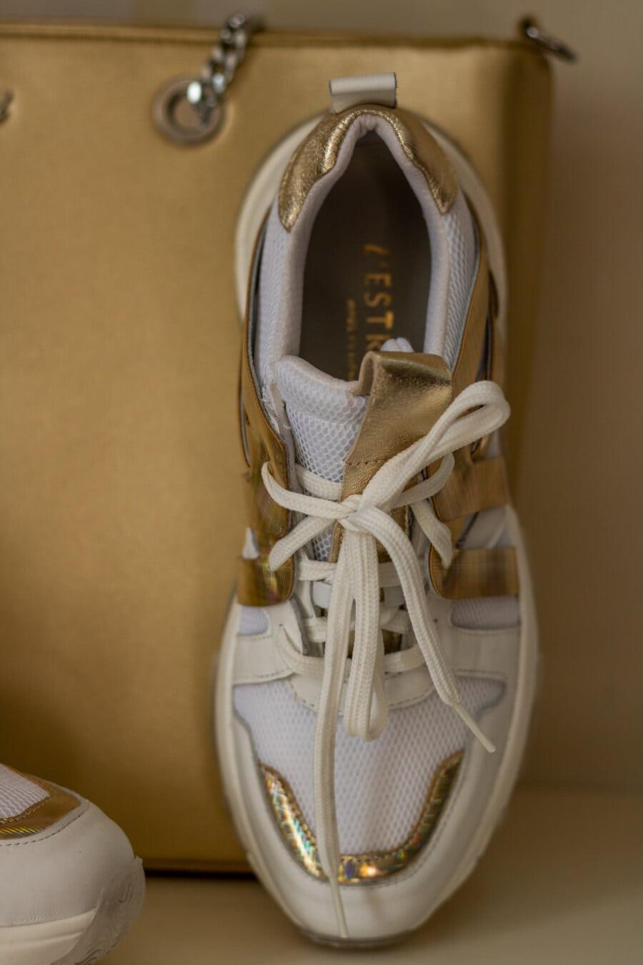 Кроссовки, Шнурки для обуви, крупным планом, сияющий, золотой блеск, глянцевый, обувь, классик, чистка обуви, кожа