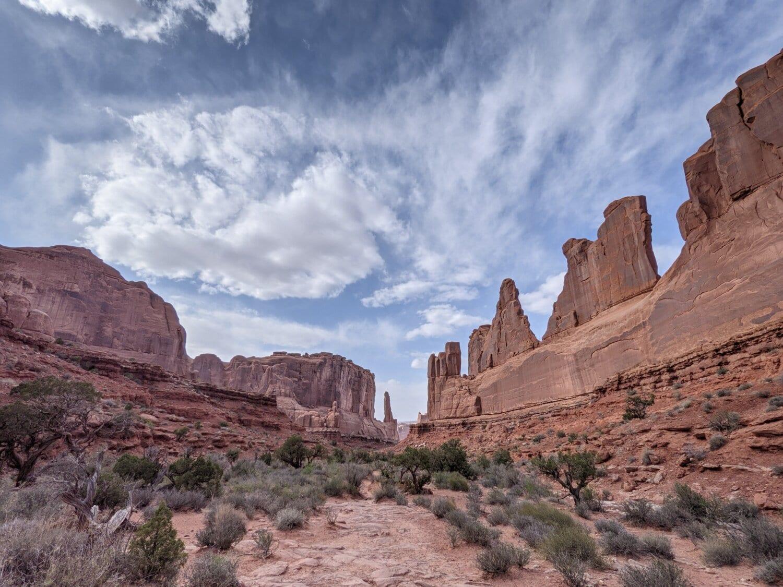 rock, desert, sandstone, canyon, landscape, outdoors, nature, geology, cliff, erosion
