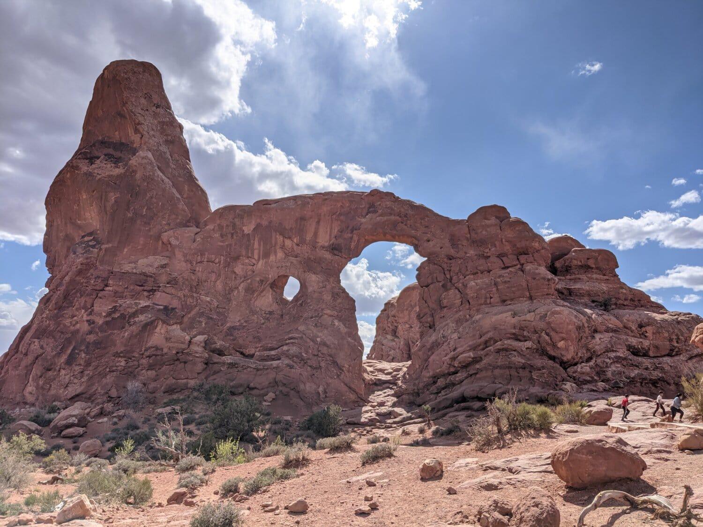 mountain climber, rock climber, geology, arch, southwest, knoll, sandstone, erosion, desert, landscape