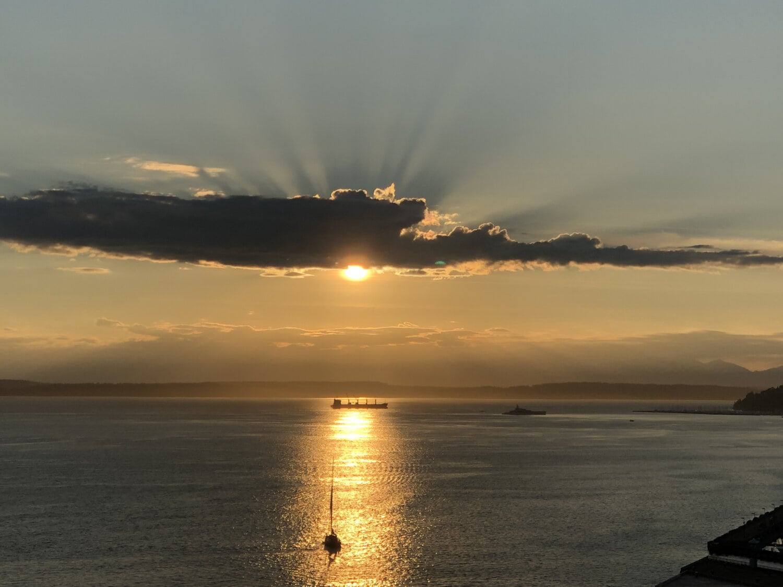 sunset, sunspot, sunrays, clouds, ocean, sailing, sailboat, landscape, dawn, sea