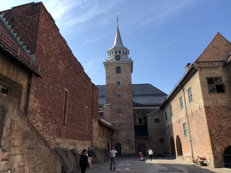 architecture, église, tour, Château, forteresse, bâtiment, gothique, rue, vieux, à l'extérieur