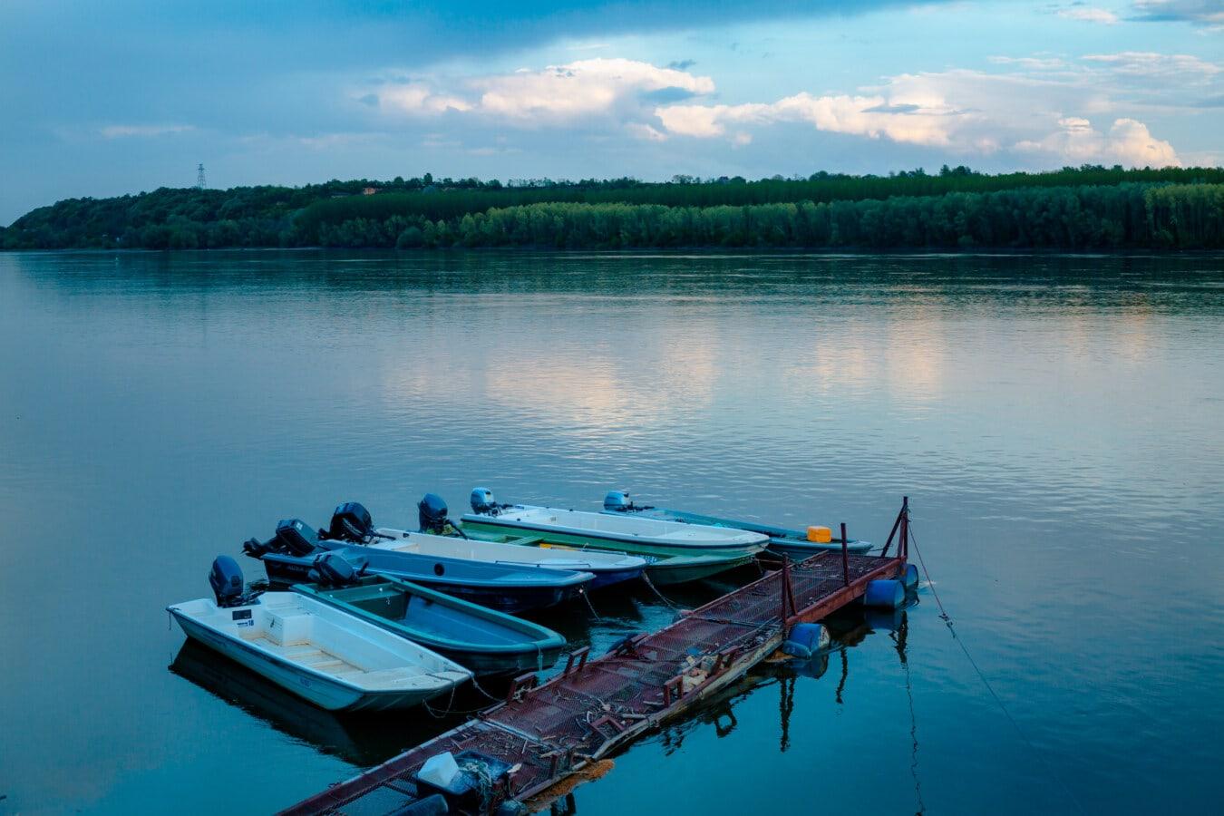 Hafen, Angelboot/Fischerboot, Dämmerung, Dämmerung, Danube, Boot, Wasser, See, Wasserfahrzeuge, Sommer