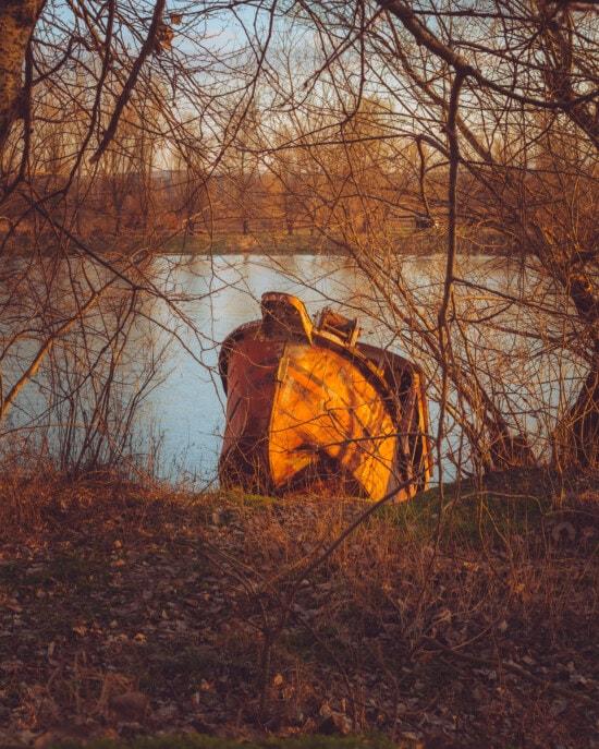 skib, forlis, opgivet, flodbredden, solnedgang, træ, telt, landskab, natur, udendørs