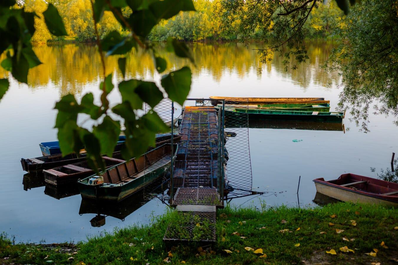 rivière, bateau de rivière, berge, station d'accueil, port, arbre, eau, paysage, bateau, Lac