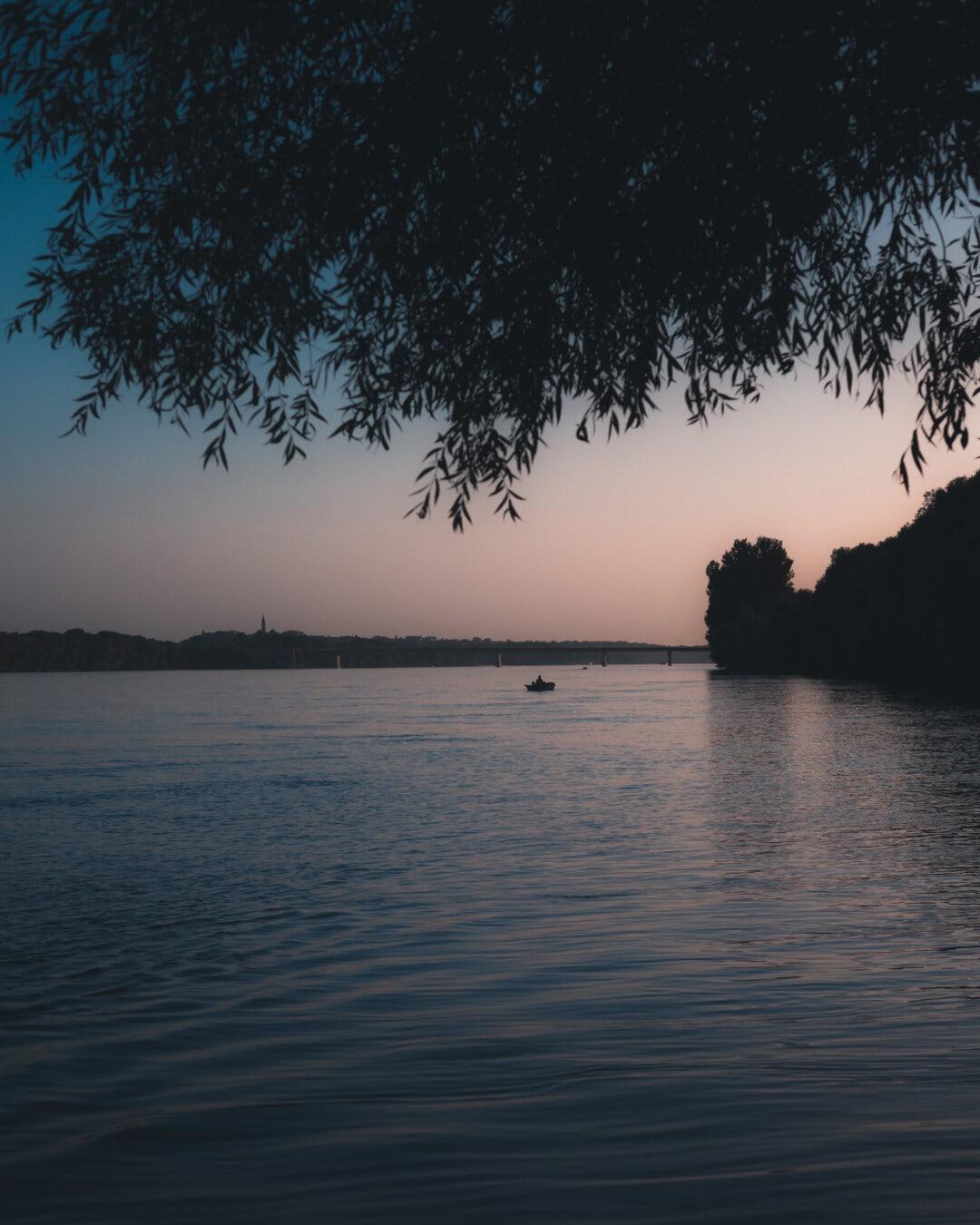 åstranden, floden, Donau flod, skymning, båt, idylliska, atmosfär, plakat, Shore, reflektion