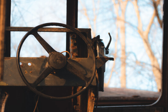 old, steering wheel, ship, entertainer, abandoned, decay, old fashioned, rust, steel, iron