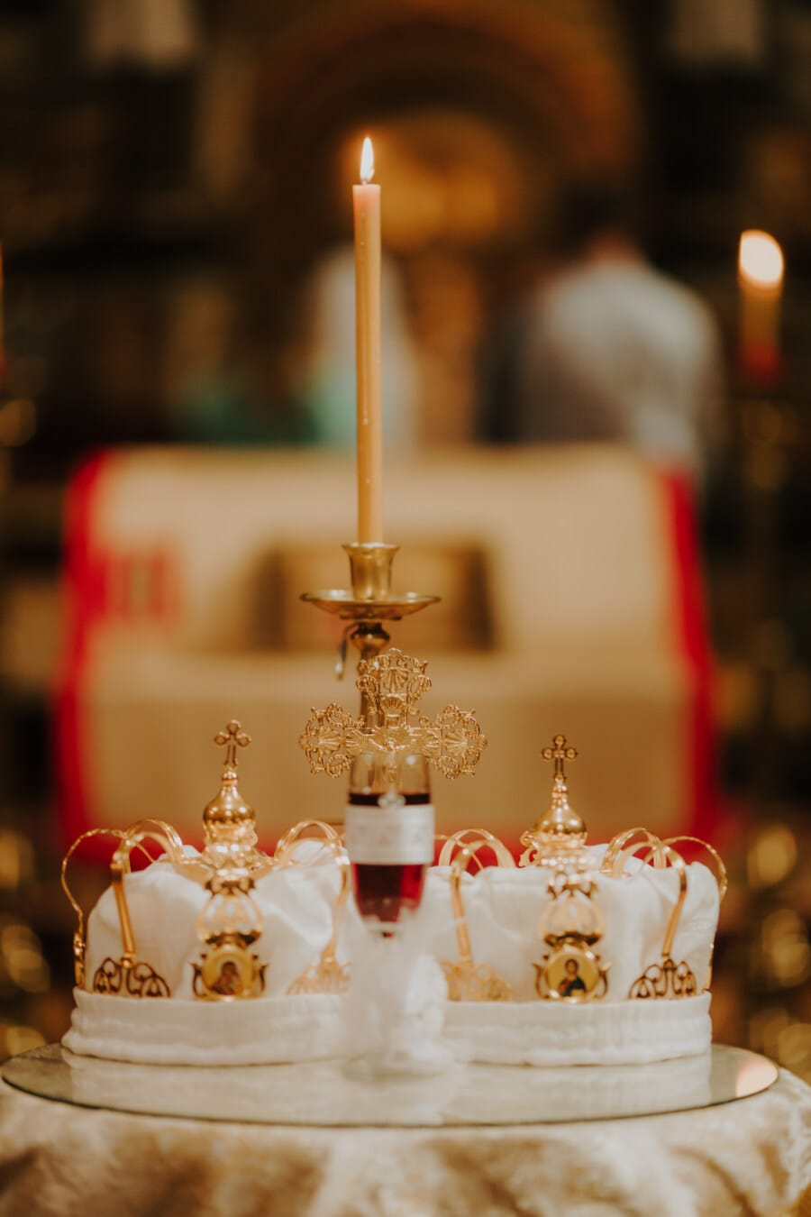Candle-Light, gelb, Kerze, Krone, Krönung, Lust auf, Kirche, Religion, geistigkeit, Interieur-design