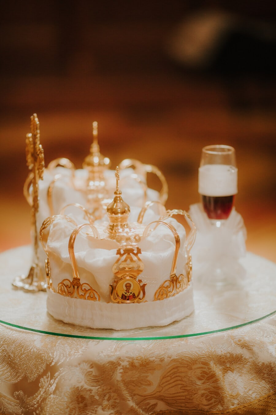 royal, crown, wedding, gold, golden shine, coronation, cross, religious, traditional, celebration