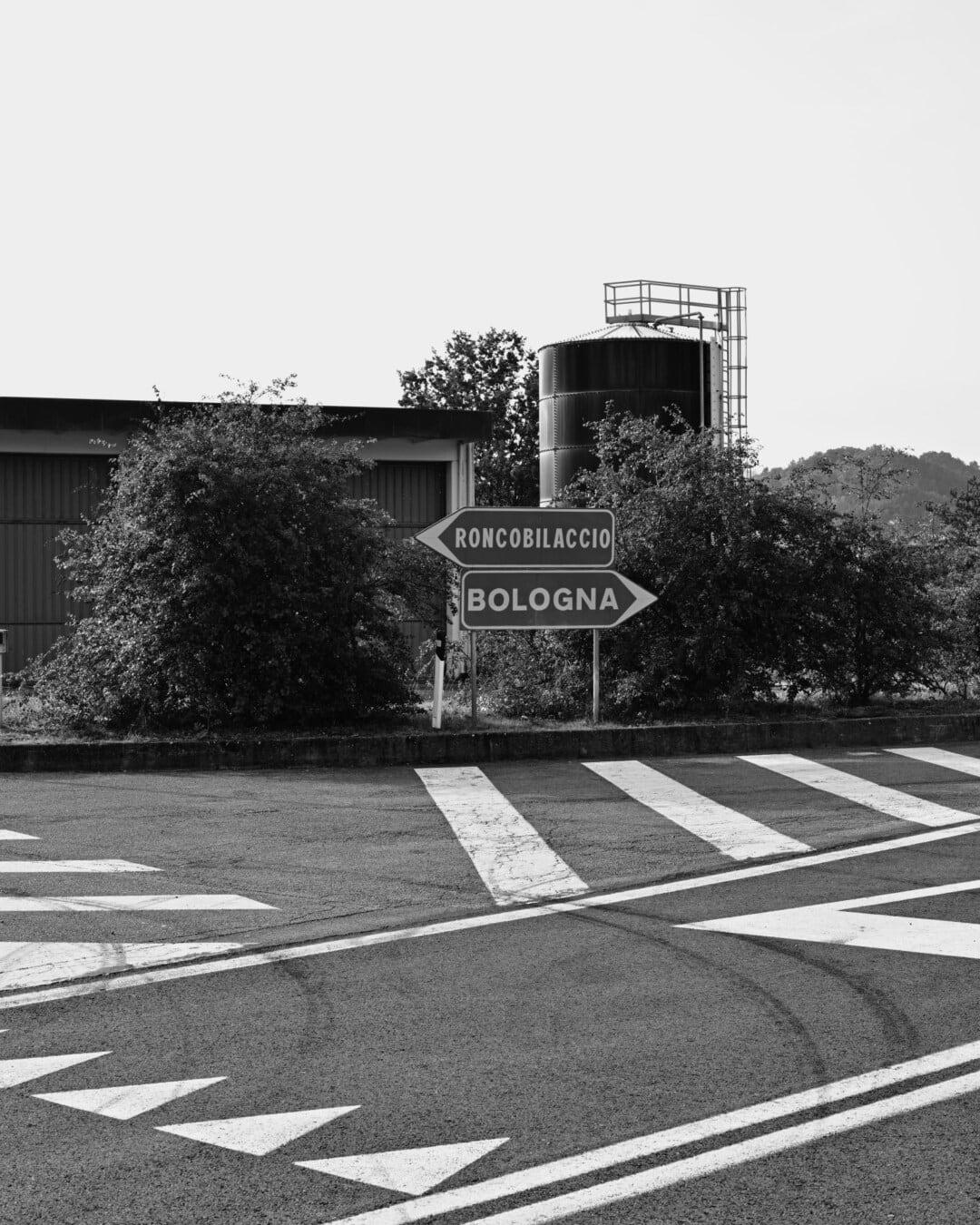 Kreuzung, Querschnitt, Zebrastreifen, Verkehrssteuerung, Straßen, Ziel, schwarz und weiß, Straße, Monochrom, Straße