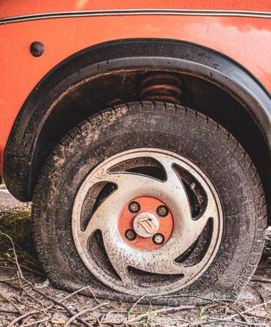 Auto, Felge, Reifen, alt, Jahrgang, Nostalgie, verlassen, Rad, dreckig, automotive