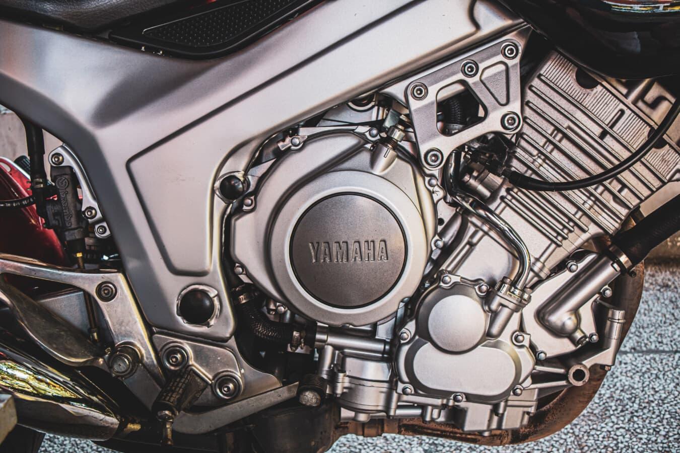 Diesel, Yamaha, Motor, Engine, Motorrad, Reparaturwerkstatt, Garage, Technologie, Laufwerk, Chrom