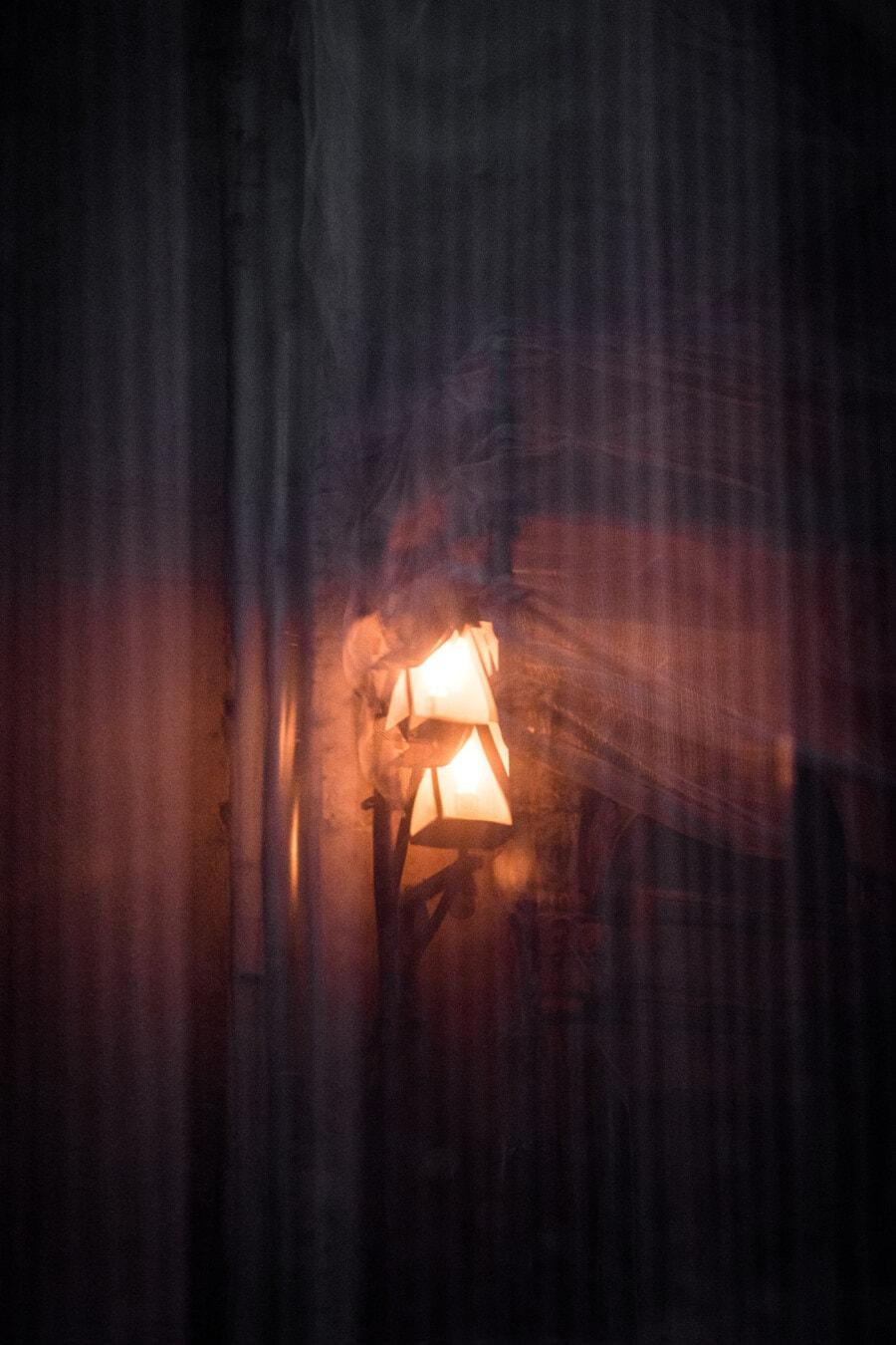 lampe, rue, fenêtre, réflexion, sombre, illuminé, Spotlight, lumière, retro, brillant