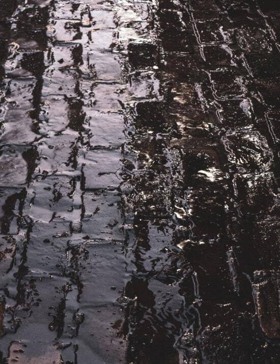 Nacht, Wasser, Regen, Flüssigkeit, Schatten, Straße, dreckig, Textur, Boden, Muster