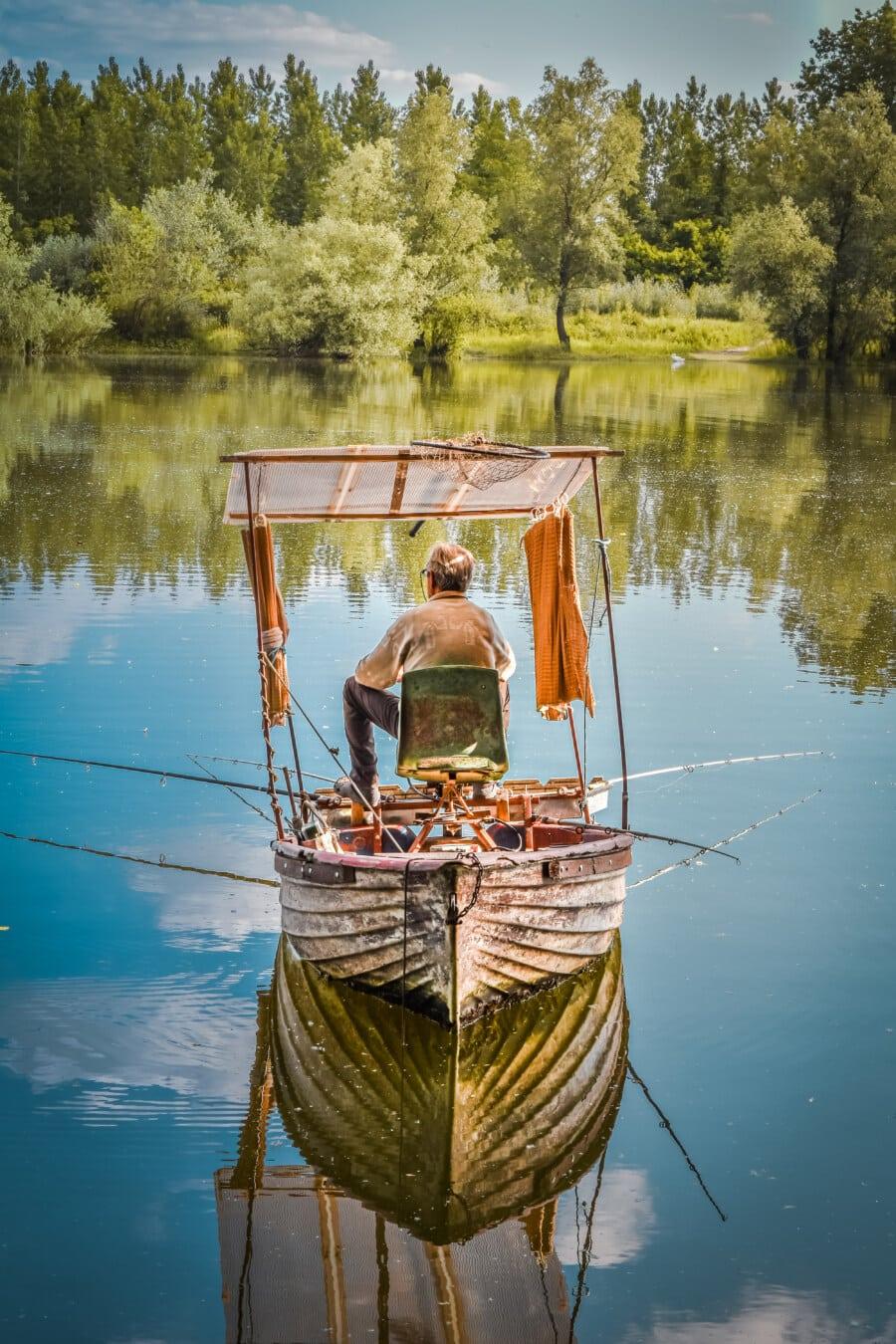 Fischer, Angelrute, Angeln, Angelboot/Fischerboot, Genuss, Erholung, majestätisch, Landschaft, See, Boot