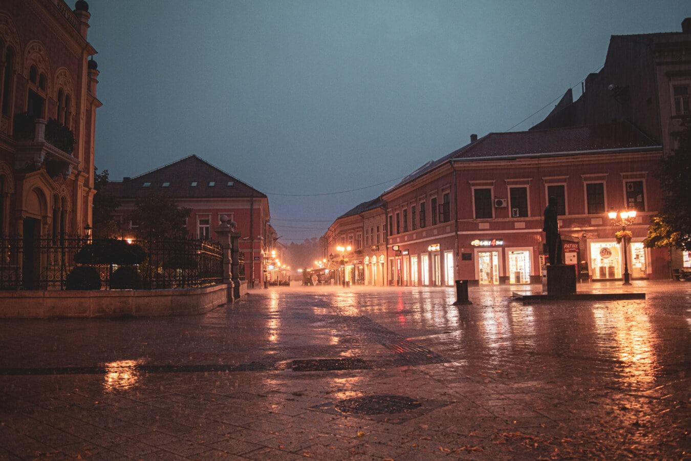 kiša, gradski pejzaž, trg, centar grada, grad, noć, noćni život, loše vrijeme, prazan, ulica
