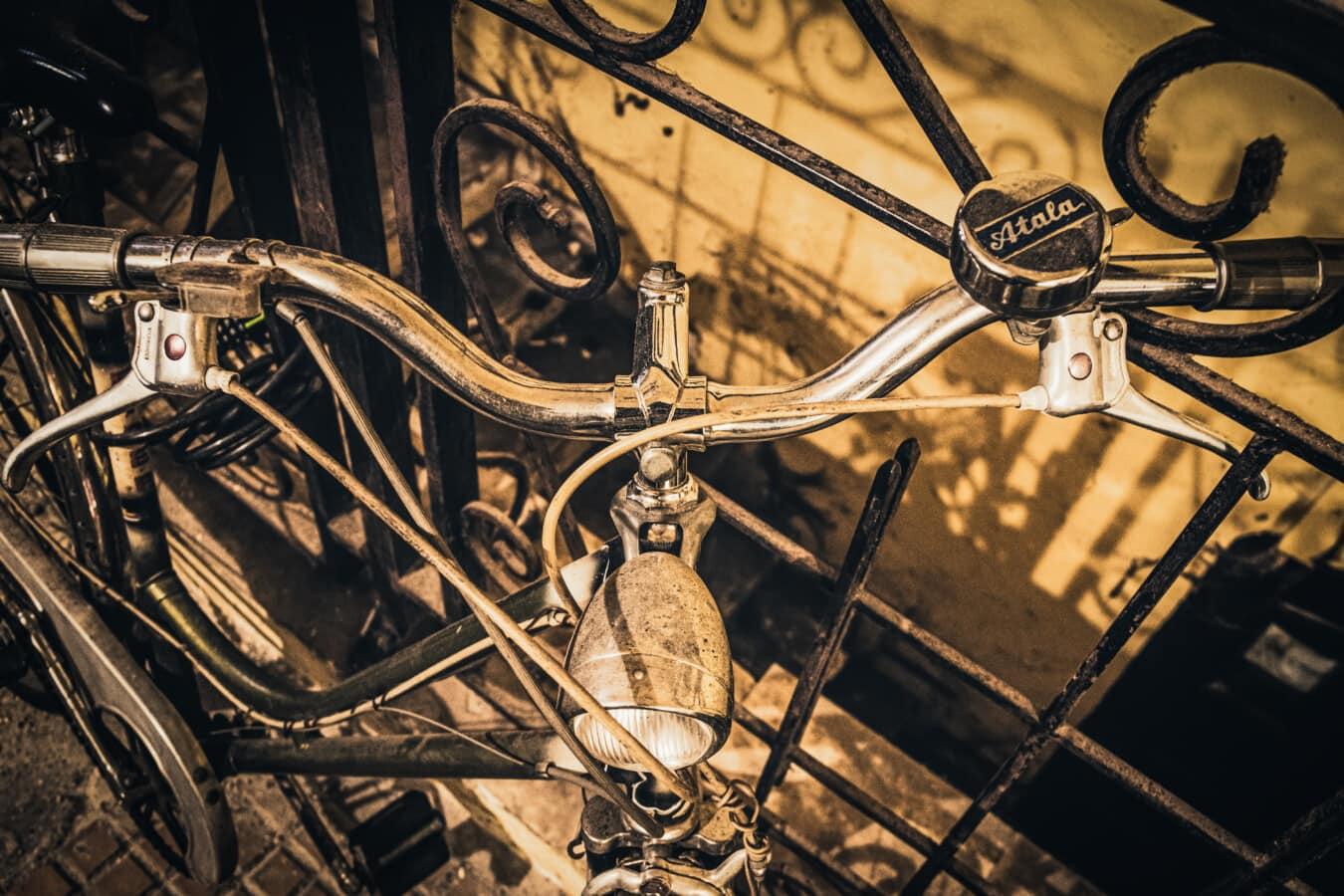 Fahrrad, Nostalgie, alten Stil, Sepia, Chrom, Scheinwerfer, glänzend, Glocke, Lenkrad, Jahrgang