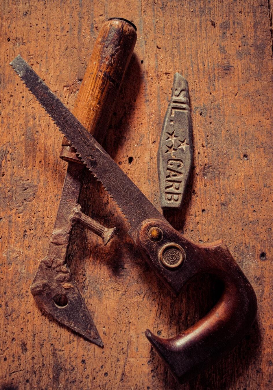 sciure de bois, scie, vintage, style ancien, outil à main, tranchant, lame, Pierre, en acier, fer