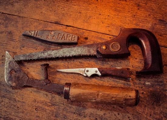 Jahrgang, alt, alten Stil, Hand-Werkzeug, Werkzeug, Messer, Säge, scharfe, Sägemehl, Klinge