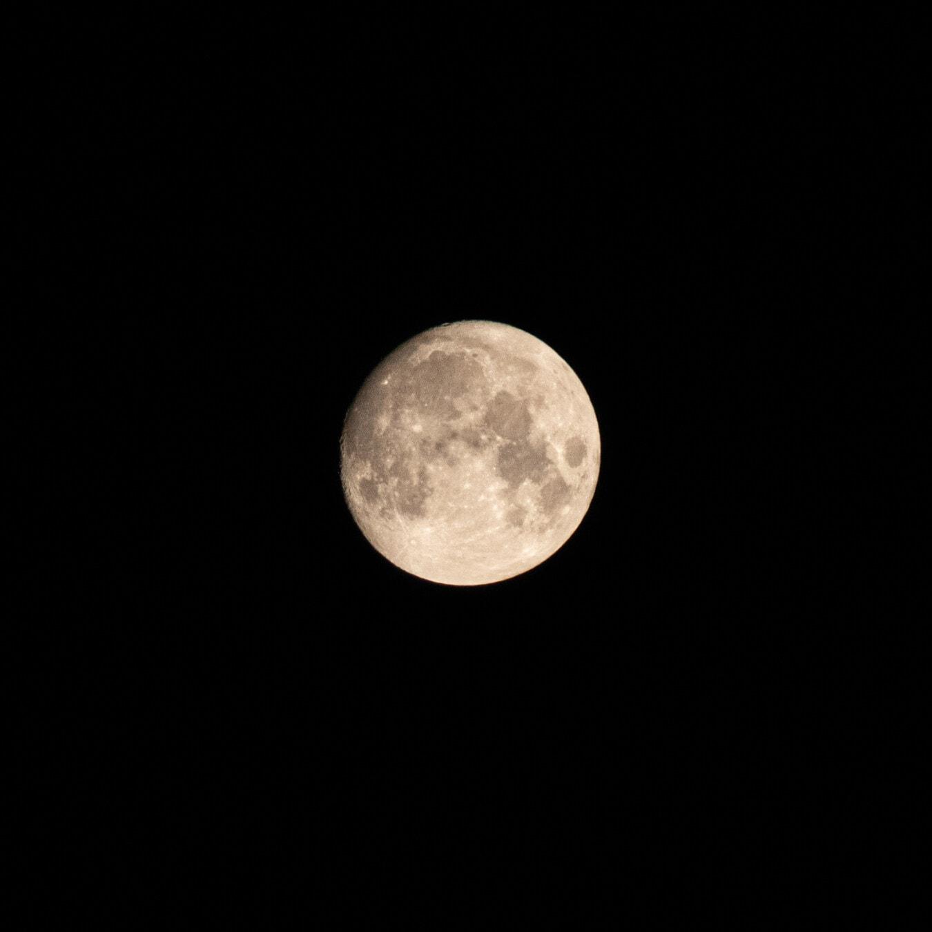 Vollmond, Satellit, Mond, Runde, Kosmos, Galaxie, Umlaufbahn, Universum, Eclipse, Astronomie