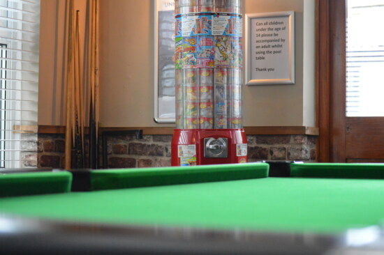 billiard, table, vending machine, interior decoration, interior, equipment, room, indoors, furniture, leisure