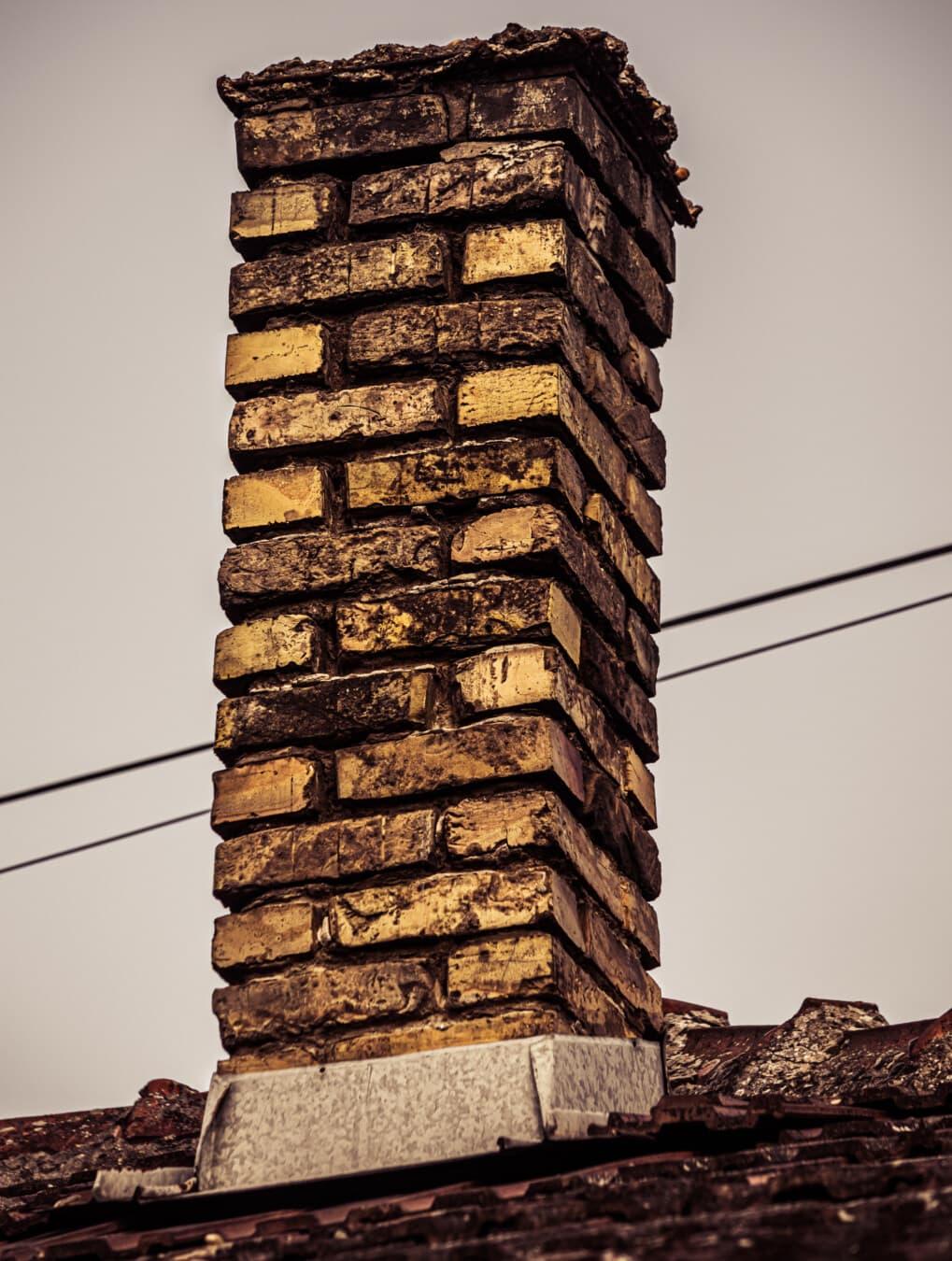 Schornstein, Ziegel, Dach, alt, Ruine, verlassen, Verfall, auf dem Dach, Architektur, Ziegel