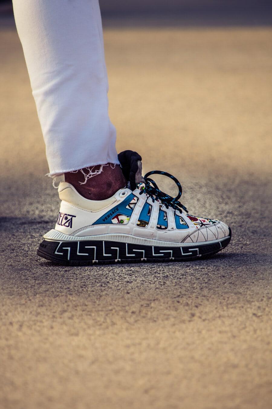 đầy màu sắc, ưa thích, giày thể thao, chân trần, giày dép, Áo khoác, Quần bò, trắng, Quần lót, Cặp