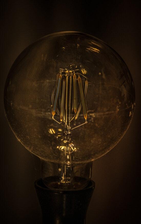 luminiscens, glödtråden, kablar, surrealistiskt, glödlampa, majestätisk, ljus, spänning, elektricitet, tråd