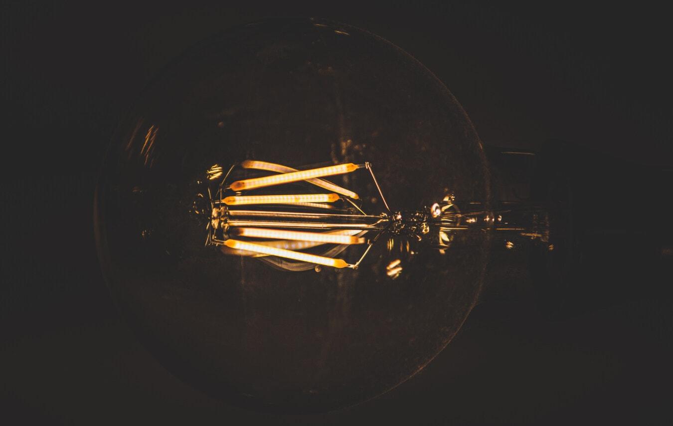 ampoule, FLARE, luminescence, vintage, filament, fil, macro, lumière, sombre, nature morte