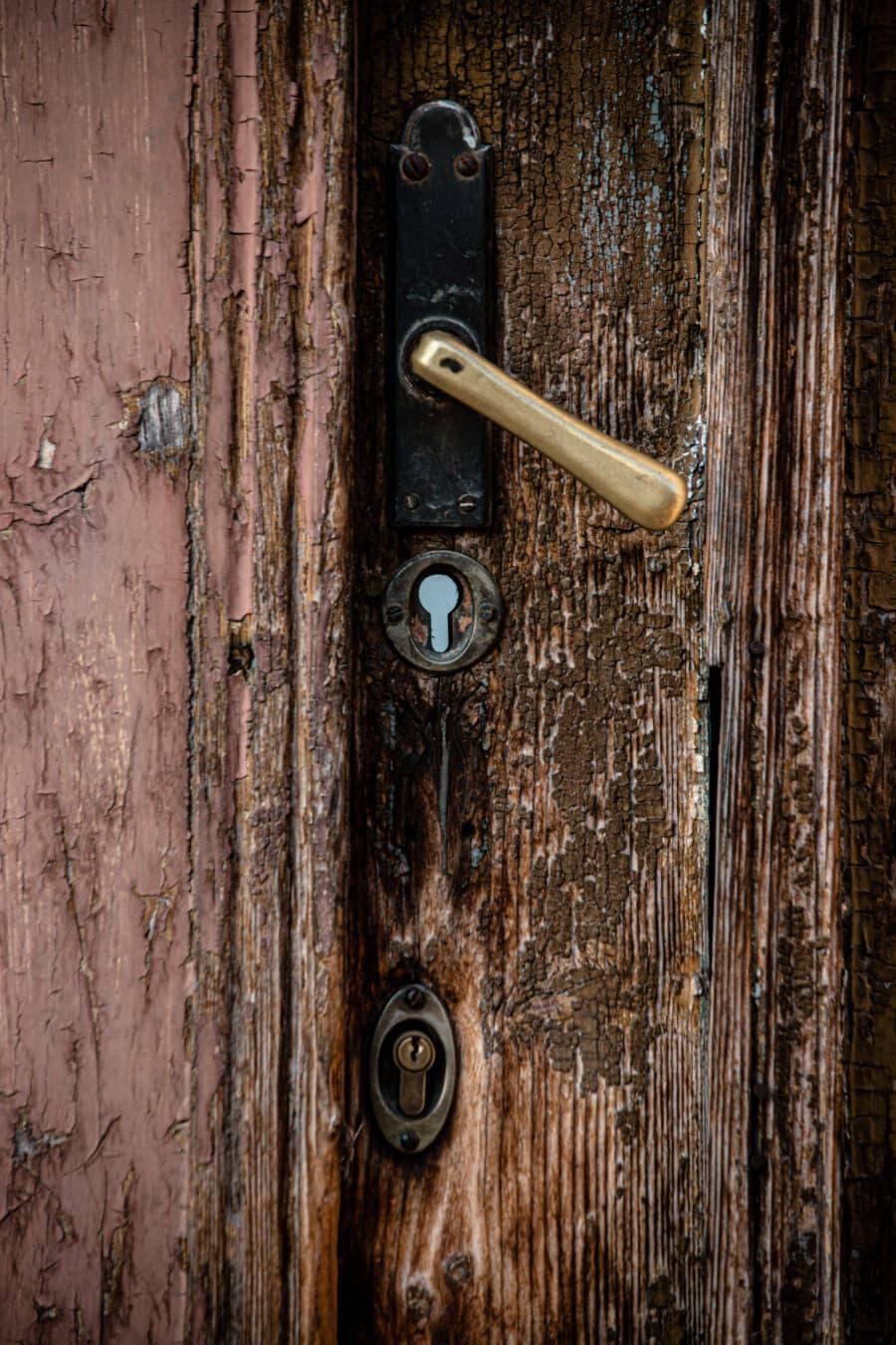 vor der Tür, Messing, Handle, Schlüsselloch, Tür, Eingang, aus Holz, Tor, Holz, alt