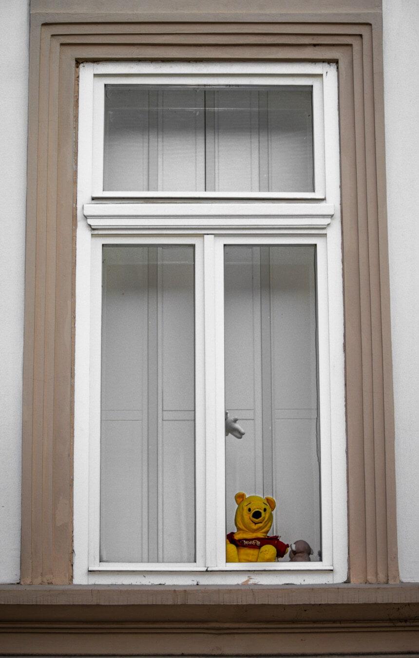 Teddybär Spielzeug, Fenster, Dekoration, Architektur, Haus, Klassiker, Retro, alt, Schweller, aufrecht