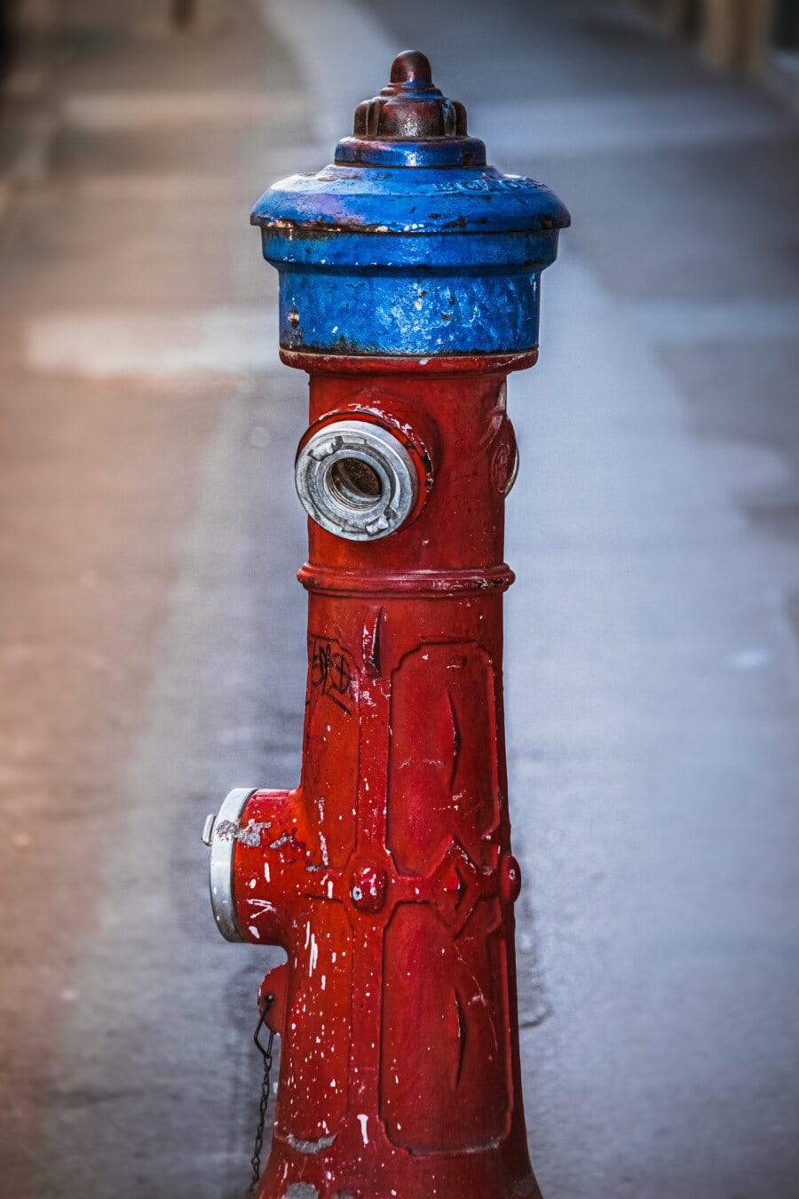 Hydrant, dunkelrot, Klassiker, alt, Wasserhahn, Antik, Stahl, Retro, Straße, dreckig