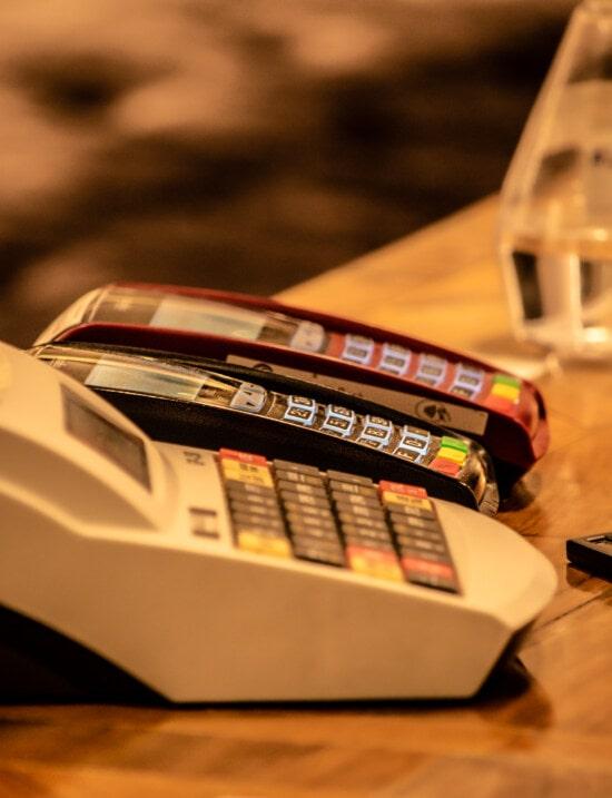 Elektronika, zakupy, kasa fiskalna, biznes, martwa natura, technologia, biuro, rozmycie, plastikowy, urządzenia