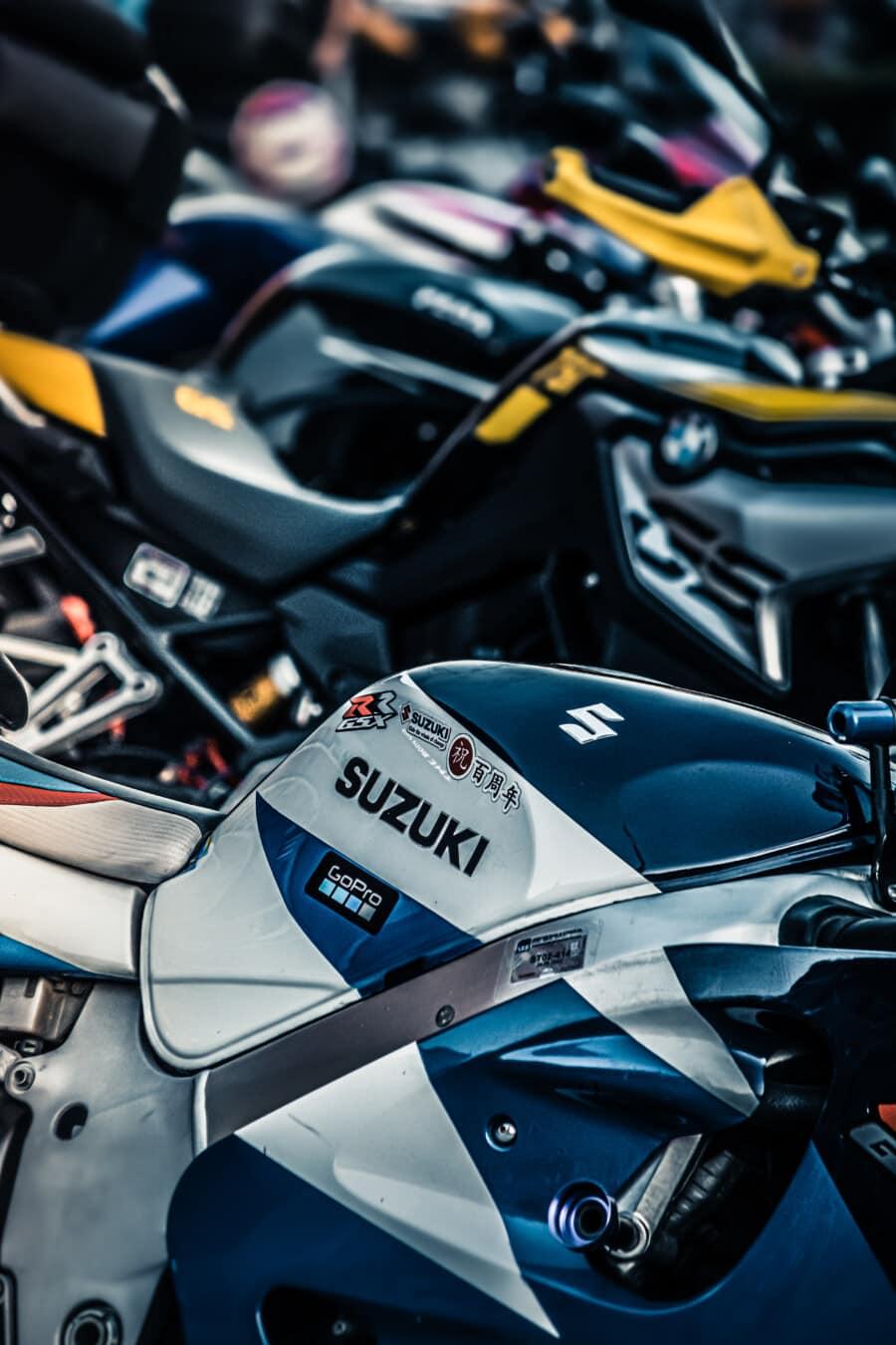 metallic, motorcycle, Suzuki, modern, parking lot, motorbike, vehicle, seat, fast, classic